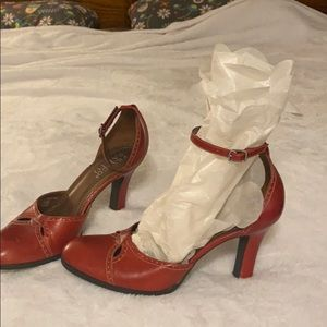 Franco Sarto red pumps Sz 9